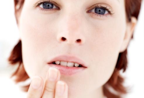 Трещины на губах лечение
