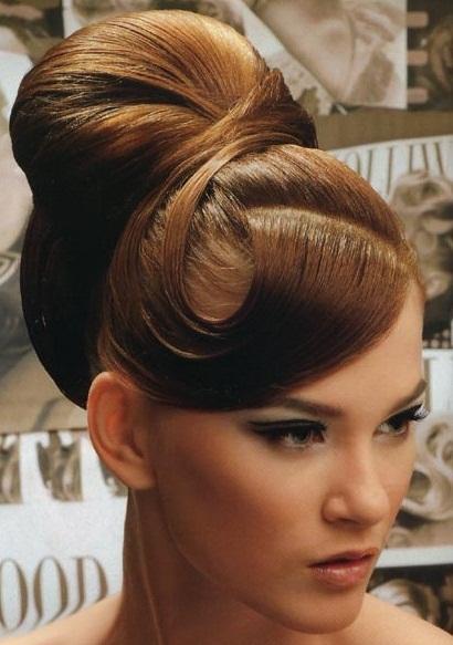 прически на длинные волосы 2011 год фото