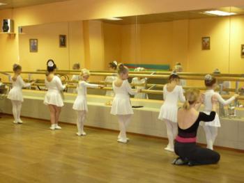 детские группы школы танцев Пума